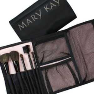 Mary Kay Roll Up Brush Collection New 5 Brushes